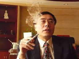 historia del cigarro electronico