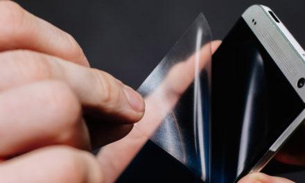 ¿Cómo instalar un protector de cristal templado en nuestro móvil?